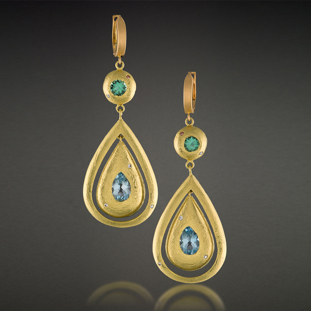 18K Yellow Gold, Aquamarine and light green Tourmaline Dangle Earrings