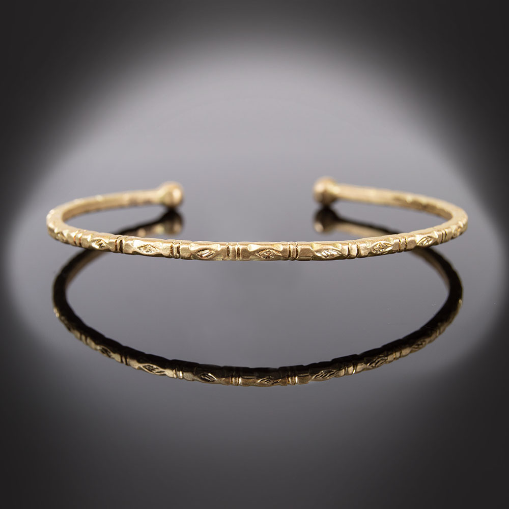 18K etched yellow gold cuff bracelet