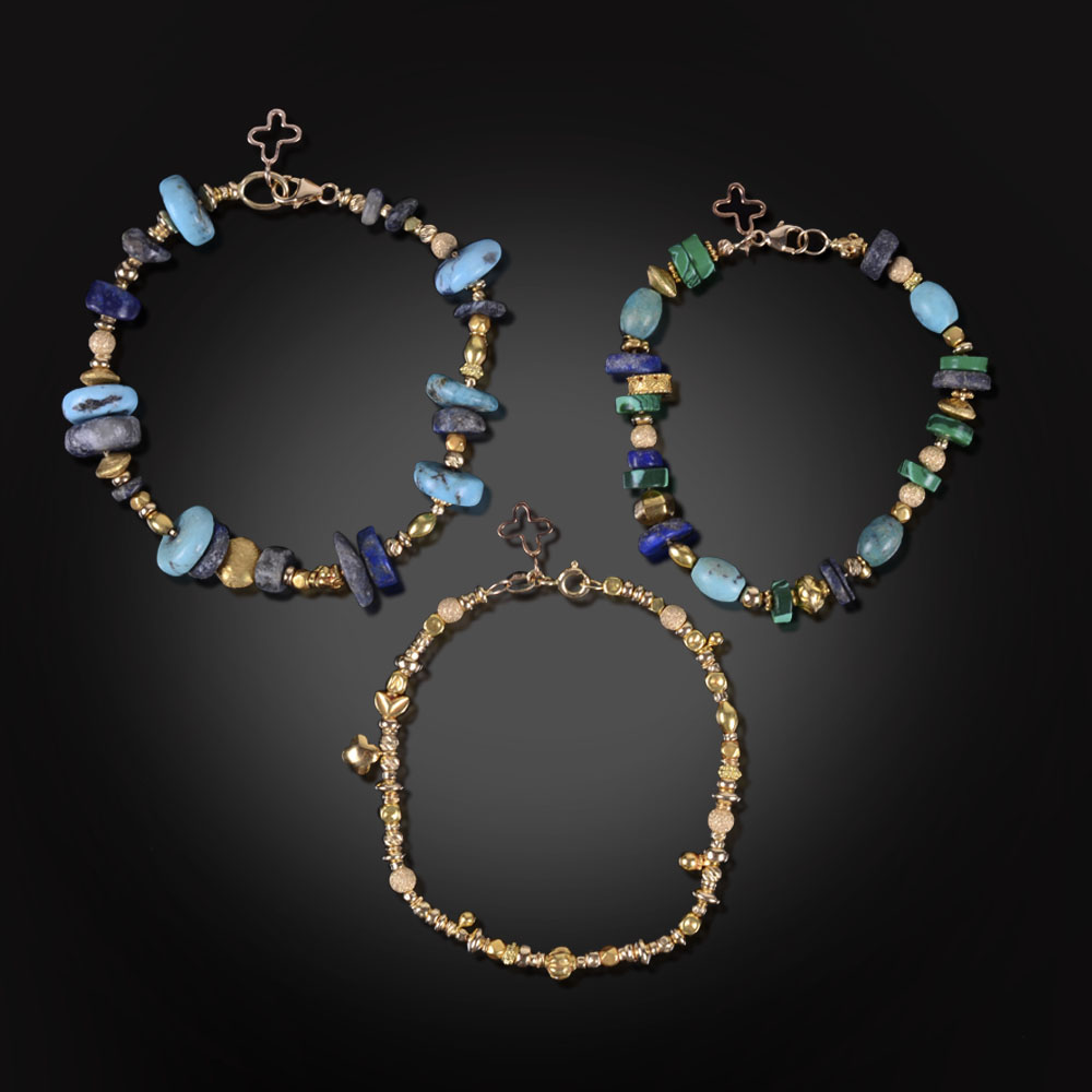 Beaded bracelets with 18K yellow gold featuring multiple stones
