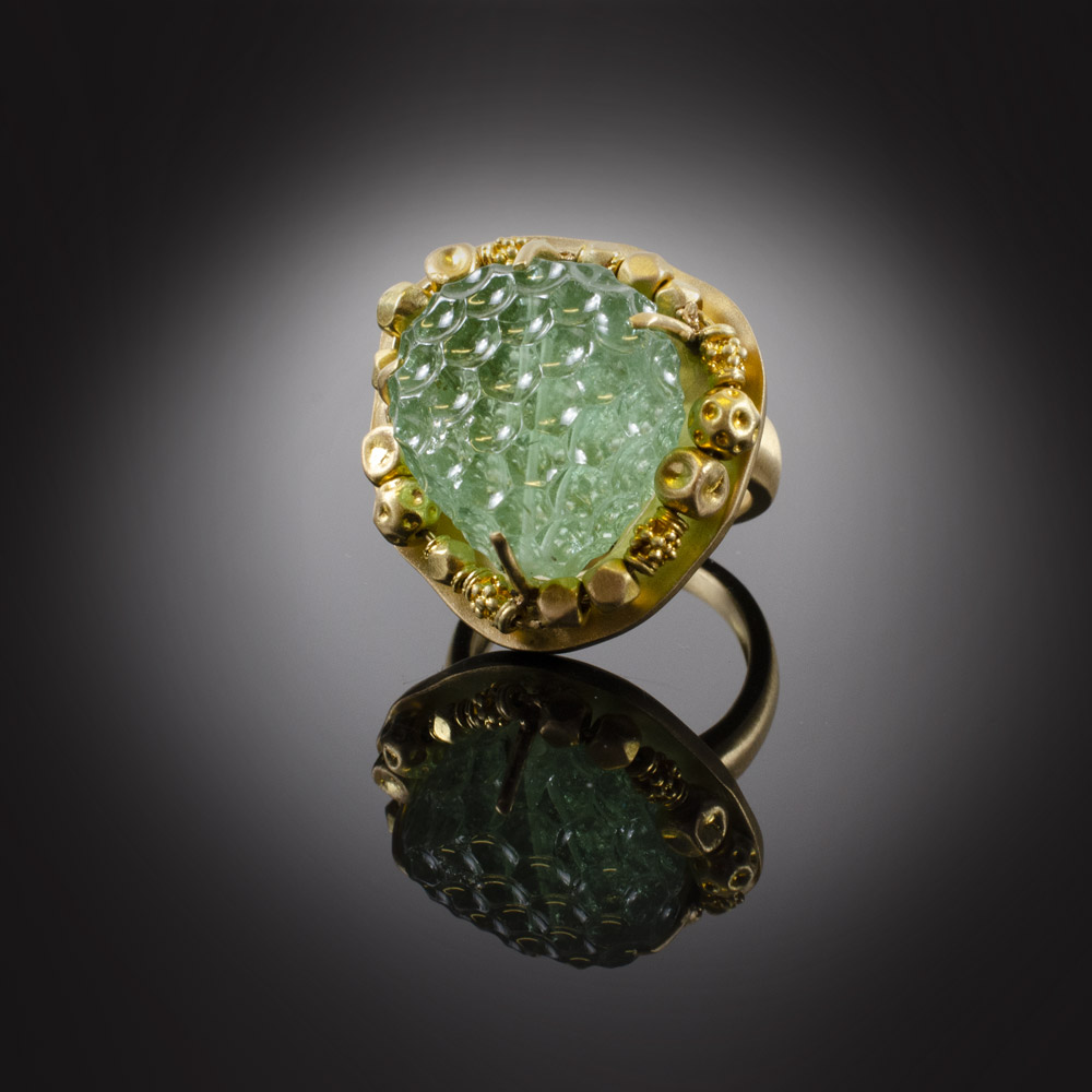 18K brushed yellow gold ring with carved light green Tourmaline